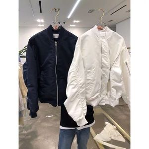 White bomber jacket xBrand Newx♥️
